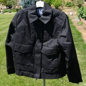 Like new 4 in 1 5.11 tactical series jacket size M
